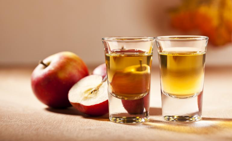 Elma Sirkesi Bal Karışımı Faydaları